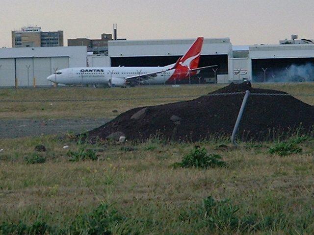 sydneyairport1.jpg