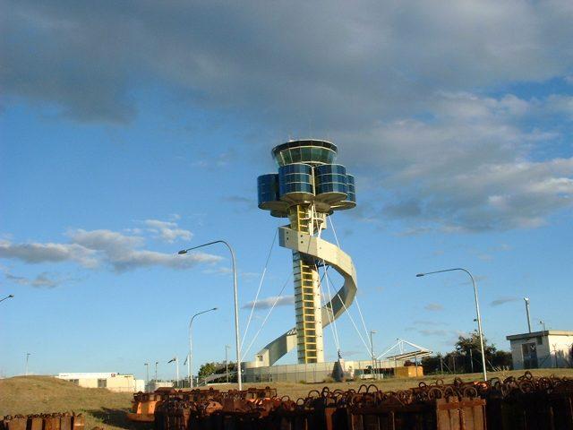 sydneyairport2.jpg